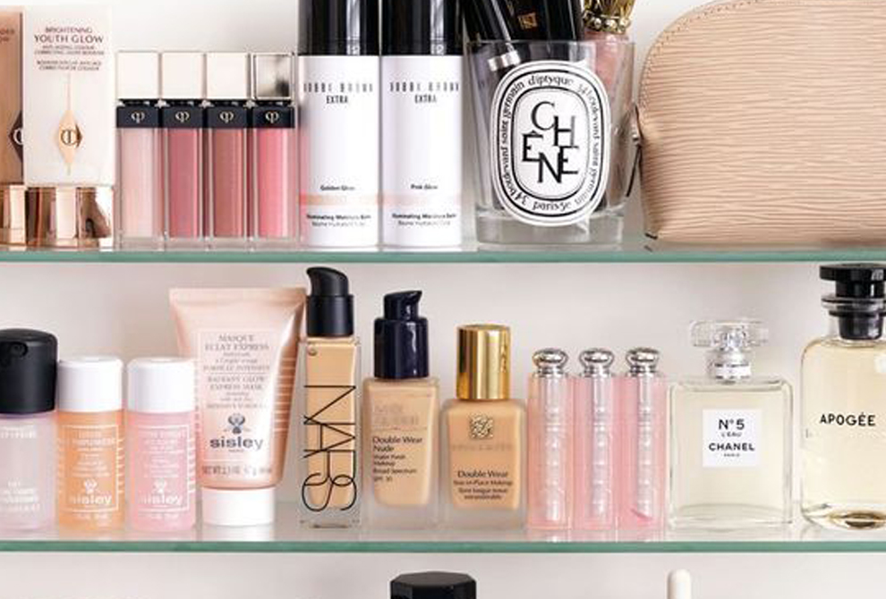 Perfecting That Shelfie!