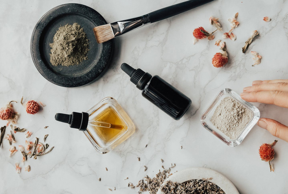 Hypoallergenic Beauty – The Best Makeup & Skincare for Sensitive Skin 2020