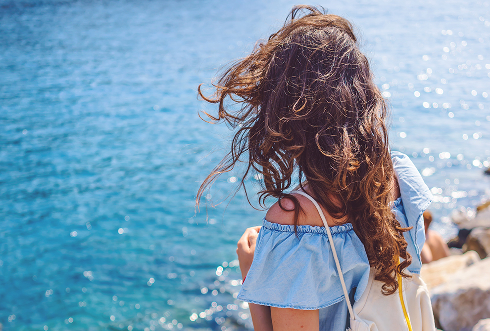 5 Tips To Grow Your Hair Faster That Actually Work